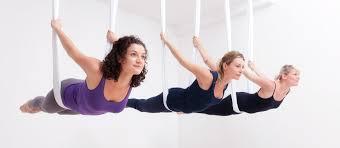 foto aerial yoga